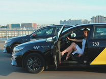 Водитель такси комфорт + класса (день/ночь) — Вакансии в Санкт-Петербурге