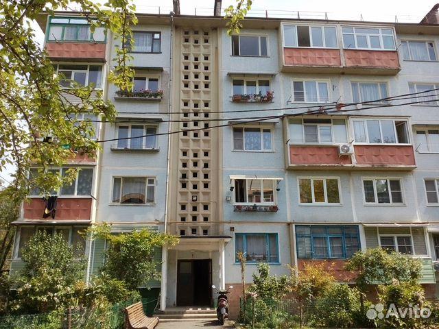 Продается двухкомнатная квартира за 2 600 000 рублей. Краснодарский край, Сочи, микрорайон Головинка, Центральная улица, 56.