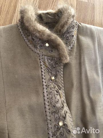 Женский кожаный жакет, с вышивкой и отделкой из ме