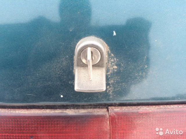 89026196331 Личинка замка багажника задняя Ваз 2110