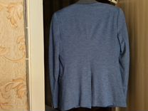 Стильный пиджак трикотаж